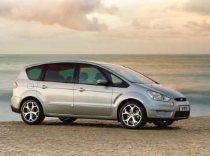 Ford S Max 7 seater car hire