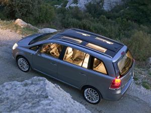 Opel Zafira 7 seater car hire